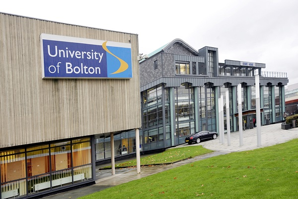 Exterior of the  University of Bolton. Photo by Gus Sivyer, Newsquest (Bolton) Ltd., Monday November 08, 2010.