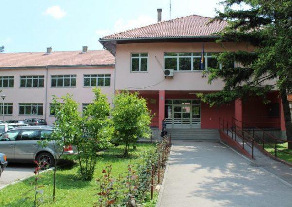 ekonomska-skola-brcko-otisak-696x464